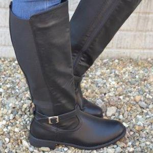 Simple but Sleek Black Boots